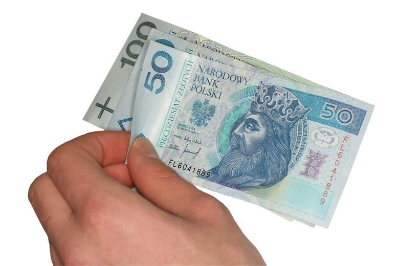 Z początkiem  nowego roku wzrośnie płaca minimalna i stawka godzinowa. Do minimalnego wynagrodzenia nie będzie już wliczany dodatek stażowy, na czym