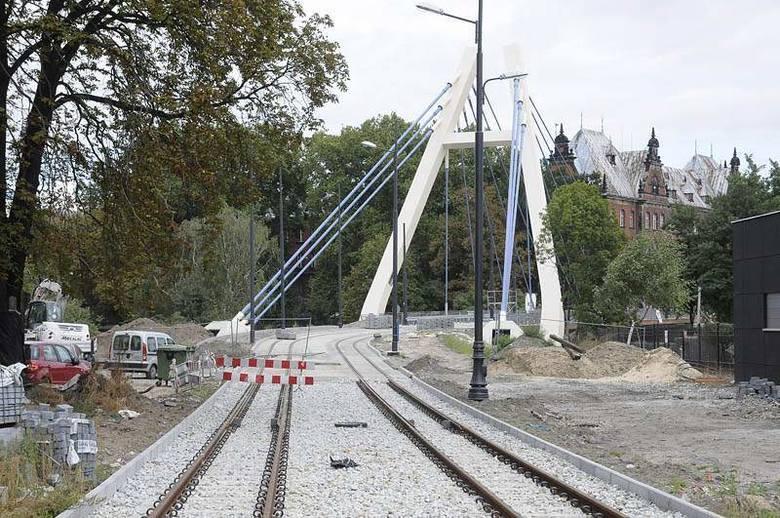 W czwartek otwarcie linii tramwajowej do dworca PKP w Bydgoszczy. Jak wyglądała jej budowa? [zdjęcia]