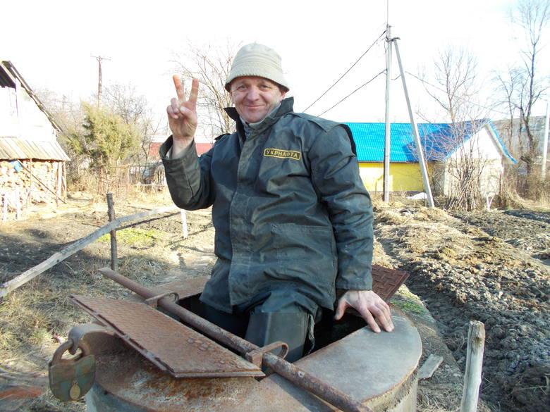 Hydraulik Bohdan Hryłko z Borysławia pod Lwowem chciałby przenieść swoją firmę do Polski. Choć u siebie też ma dużo pracy