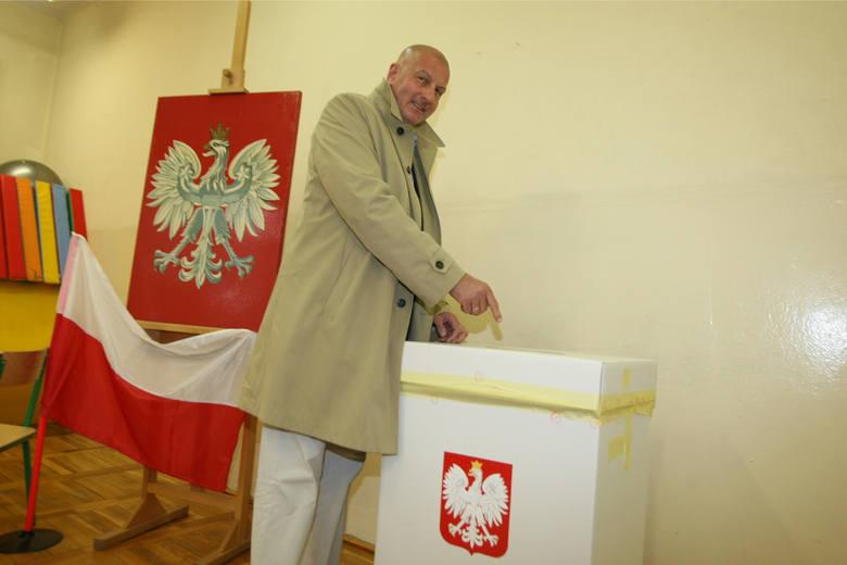 Trwają gorączkowe poszukiwania kandydata na prezydenta Wrocławia, który wygra jesienne wybory. Na politycznej giełdzie pojawia się coraz więcej znanych