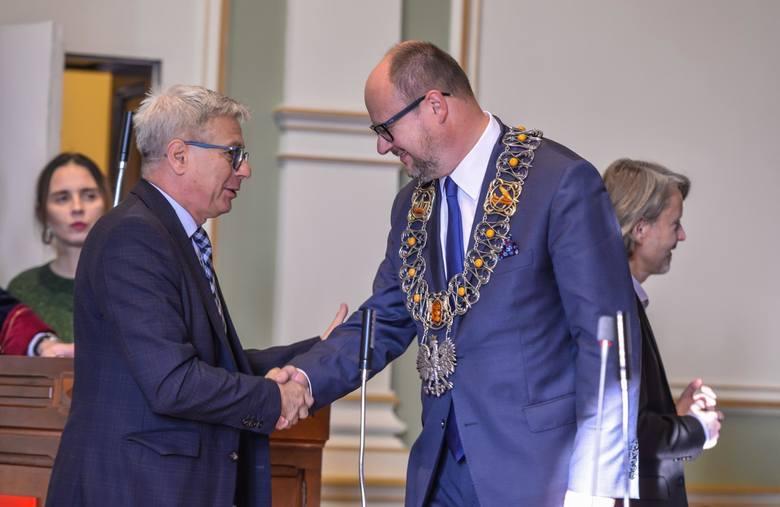 Specjalna sesja rady miasta poświęcona 100 rocznicy odzyskania niepodległości przez Polskę. Dodatkowo jest to ostatnia sesja w kadencji 2014-2018