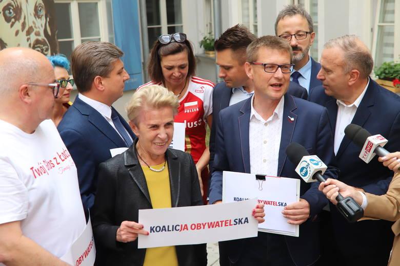 Oczywiście w PiS tej zależności nikt nie potwierdza, natomiast w mediach narodowych niektórzy politycy PiS mówiąc o  konwencji w Łodzi, niepytani o Igrzyska,