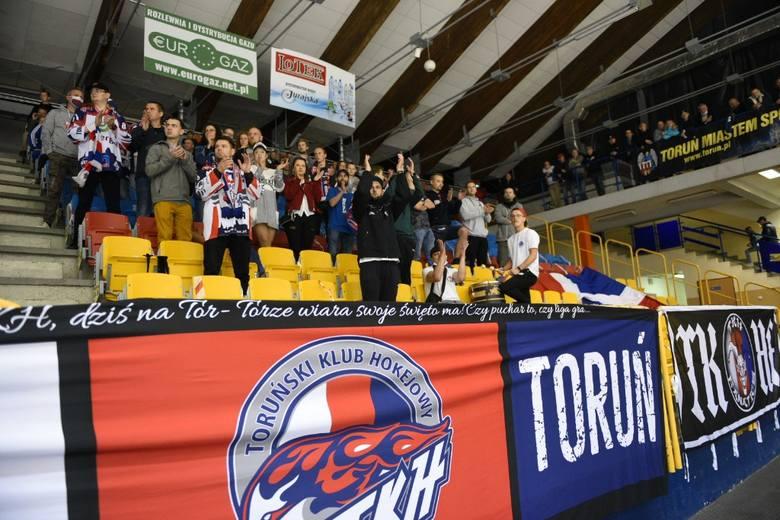 KH Energa Toruń znowu zwycięża! Mamy dużo zdjęć z meczu hokeistów i trybun Tor-Toru!