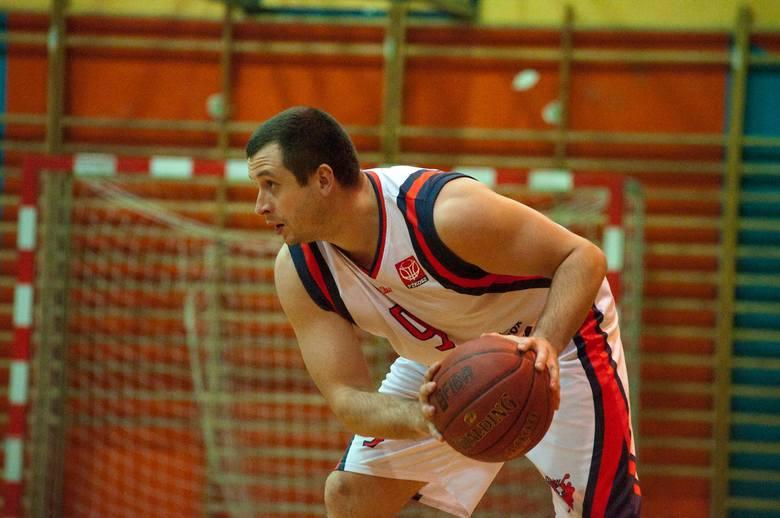 Łukasz Kłuś zdobył dla MKS-u 20 punktów.