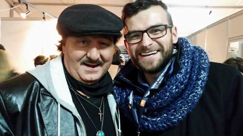 Sylwester z Polsatem. Gdyński radny namówił Krzysztofa Krawczyka, aby ten zadzwonił  do jego babci