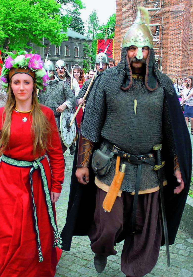 1050 Rocznica Chrztu Polski Czy Państwu I Kościołowi Jest Po