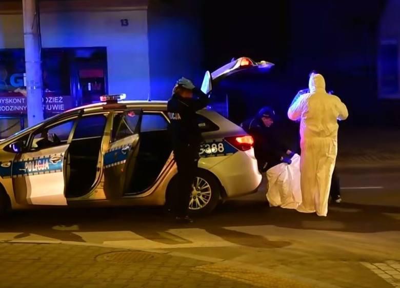Uciekł z kwarantanny. Policja zatrzymała go w MakowieZobacz kolejne zdjęcia. Przesuwaj zdjęcia w prawo - naciśnij strzałkę lub przycisk NASTĘPNE