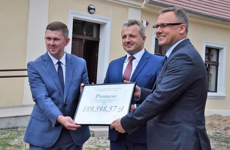 Ponad 189 tys. złotych otrzymała gmina Dąbrowa Biskupia od Wojewódzkiego Funduszu Ochrony Środowiska i Gospodarki Wodnej w Toruniu. Środki zostaną przeznaczone