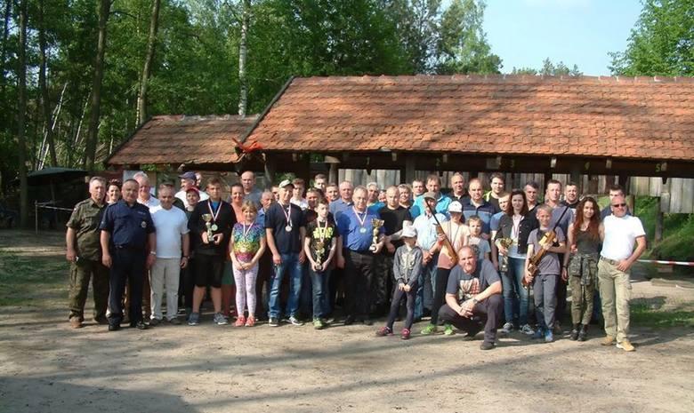 W strzelnicy w Godawach zorganizowano Otwarte Zawody Strzeleckie o Puchar Komendanta Powiatowego Policji w Żninie. W rywalizacji uczestniczyło 58 osób