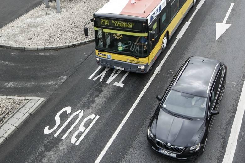 Opór kierowców przed buspasami jest olbrzymi, ale urzędnicy nie zrezygnowali ze swojej wizji zmian