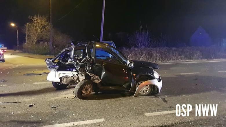 Całkowicie zablokowana została droga krajowa nr 25 w miejscowości Januszkowo pod Bydgoszczą po wypadku, do którego doszło w niedzielę (10.03.2019) wieczorem.WIĘCEJ
