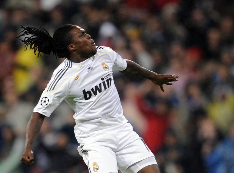 W bardzo młodym wieku trafił do Realu Madryt, a przyczyniły się do tego niezłe występy w lidze holenderskiej. W ekipie Królewskich przez pewien okres