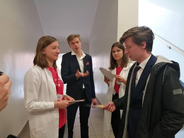 W ramach akcji Dar Szpiku, pomiędzy egzaminami maturalnymi z angielskiego 39 maturzystów zapisało się jako potencjalni dawcy szpiku.