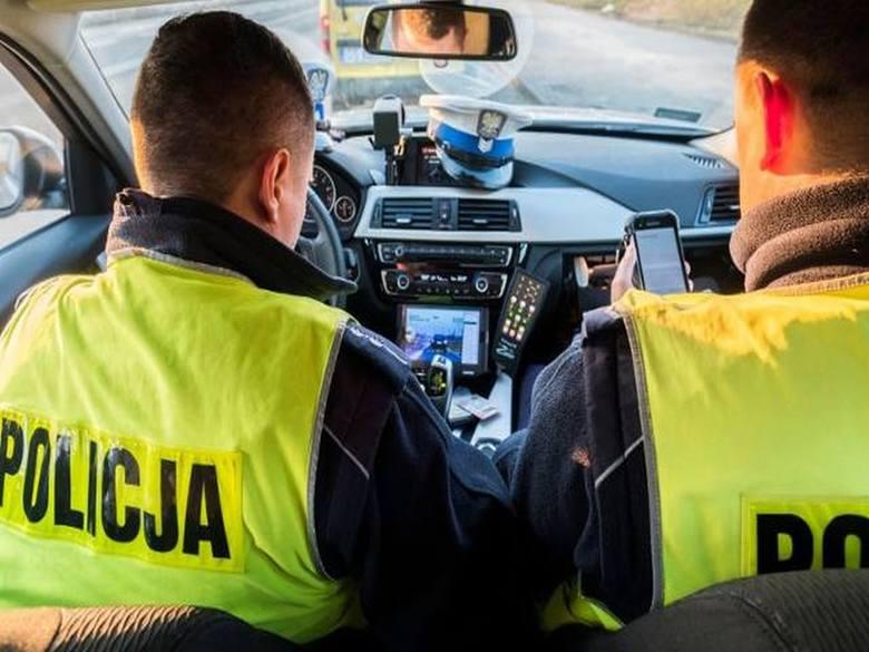 Nikt nie lubi dostawać mandatów, ale czasami policja musi uspokoić zapędy niektórych kierowców. Za te wykroczenia drogowe zapłacimy najwięcej.Zobacz