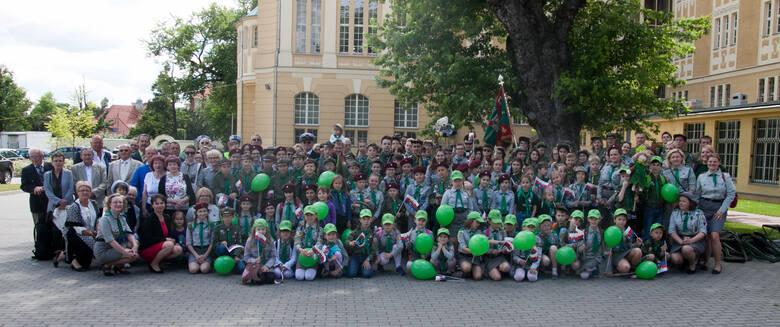 """Szczep """"Zielona Siódemka"""" zaczął odliczać dni do jubileuszowego 2021 roku już od ubiegłorocznej rocznicy swego istnienia i działania. Obecnie szczep"""