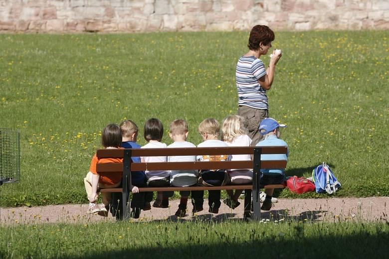 Dyrektorka szkoły twierdzi, że gdy dzieci wróciły z wycieczki, obiady jeszcze wydawano. Tyle, że nikt na nie dzieci nie zaprowadził