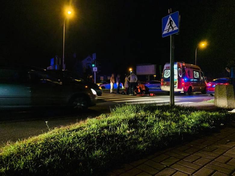 Do potrącenia doszło we wtorek, 15 października, na ul. Batorego przy skrzyżowaniu z ul. Rzeźniczaka.Do potrącenia doszło po godz. 19.00. Jak twierdzą