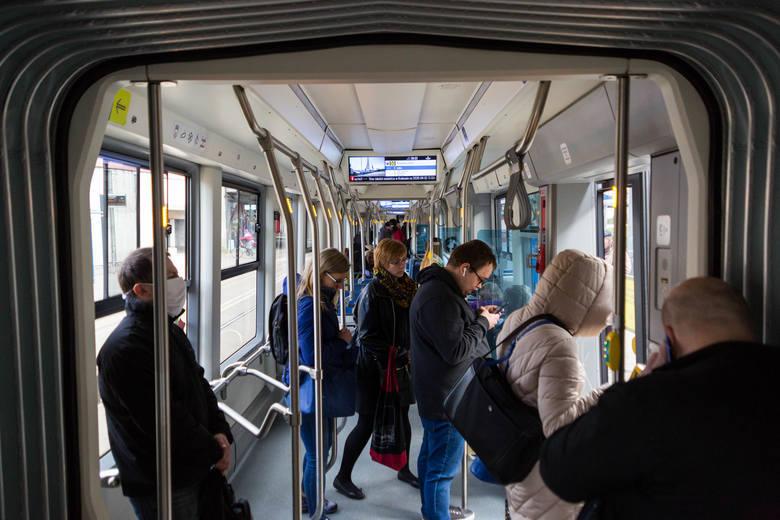 Kraków. Trzy przypadki zakażeń koronawirusem w MPK