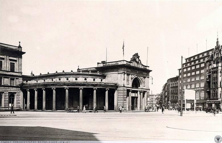 Niespełna 180 lat temu rozpoczęła się historia Dworca Świebodzkiego. Istniejąca do dziś stacja nie była jednak jedyną przy obecnym pl. Orląt Lwowskich.