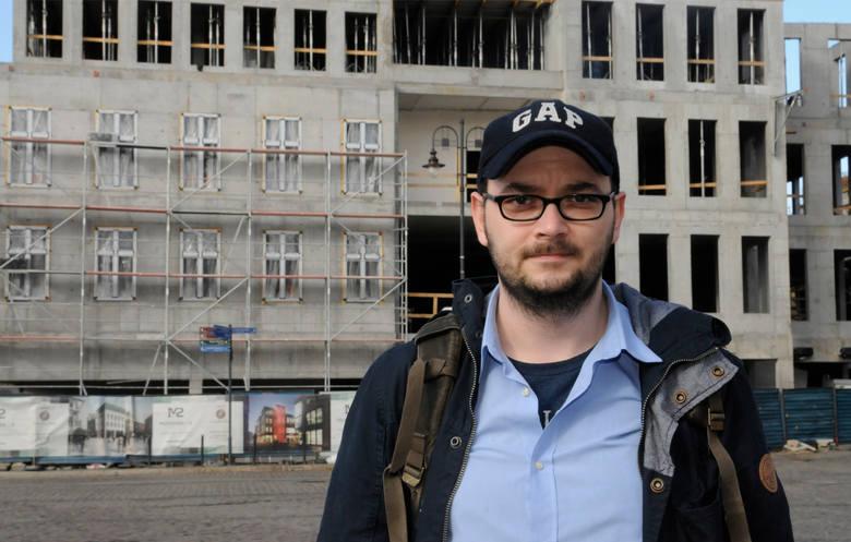 Springer: - Wróciło myślenie, że mieszkanie trzeba ludziom obiecać, żeby oni  zagłosowali.