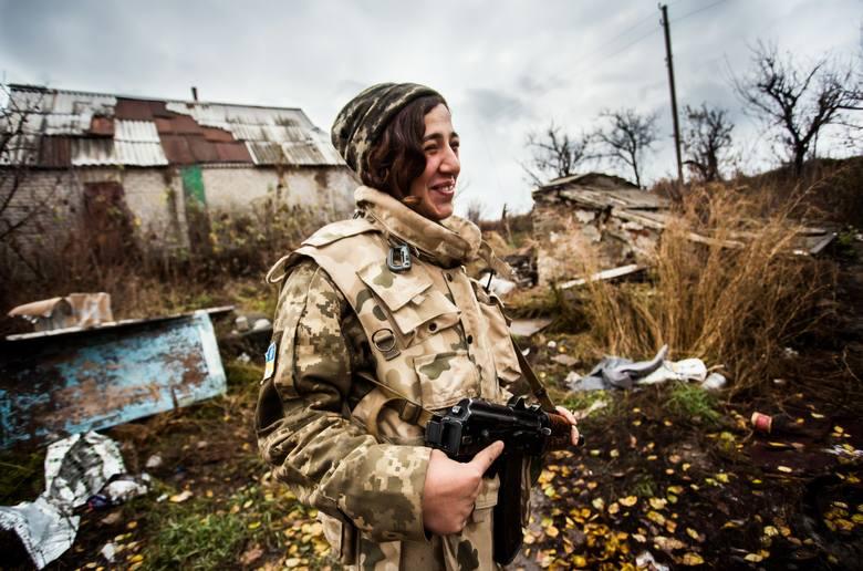 """Kijów: Dziesiątki tysięcy żołnierzy i armia """"robotów Putina"""" gotowych do ataku na Ukrainę"""