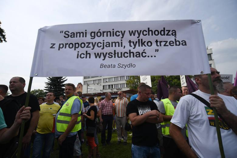 Strajk w Makoszowach nabiera rozpędu.