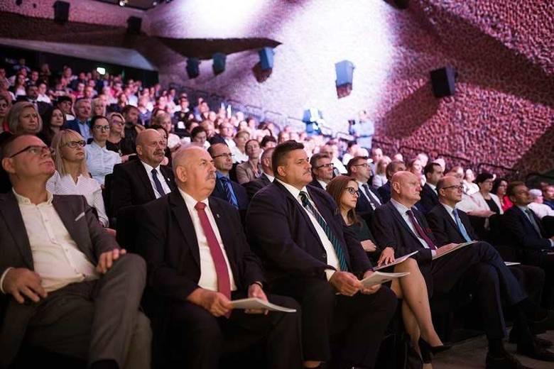 W Centrum Kulturalno-Kongresowym Jordanki w Toruniu odbyło się Międzynarodowe Forum Ekonomii Społecznej oraz Targi Dobrych Praktyk.Forum odbywa się w