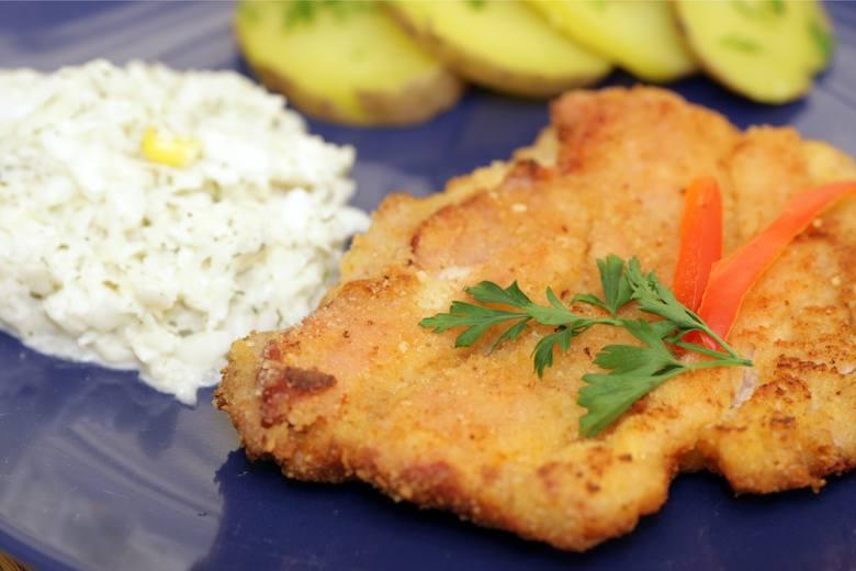 Masz dość restauracyjnego jedzenia? Myślisz o prawdziwym i domowym obiedzie? W Toruniu nadal są takie miejsca, w których zjemy dobrego mielonego, leniwe