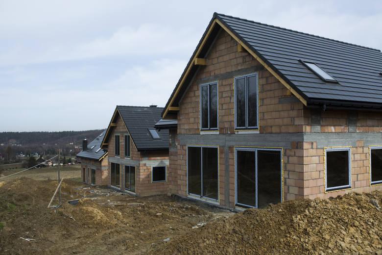 Koszt budowy domu energooszczędnego jest wyższy o około 10-20 proc.