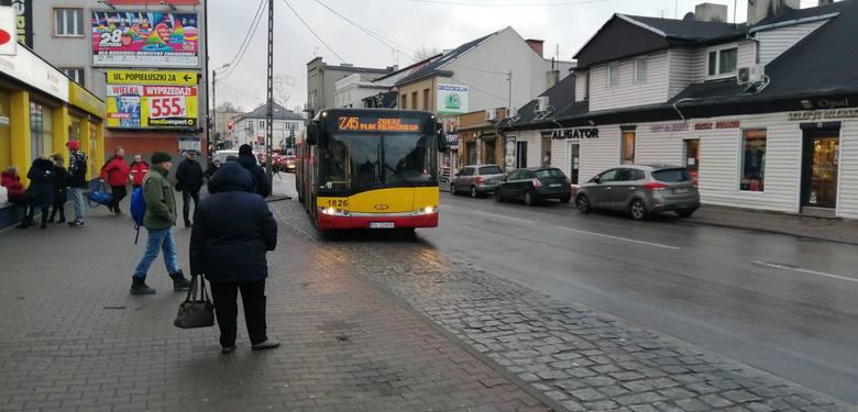 Gdy zlikwidowano tramwaje niektórzy sądzili, że dojazd autobusami do Łodzi będzie szybszy i wygodniejszy. Tak się jednak nie stało...Autobusy zastępcze