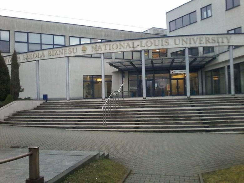 Kategoria: SZKOŁA ROKU 2018Elitarne Liceum Ogólnokształcące, Nowy Sącz, ul. Zielona 27 (KNS.11)Elitarne Liceum Ogólnokształcące w Nowym Sączu zostało