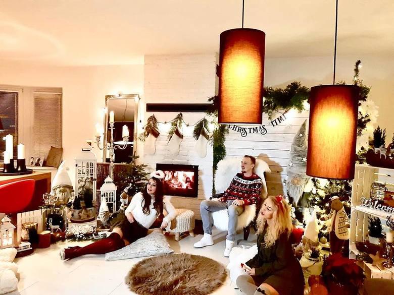 """Święta tuż tuż, Święta tuż tuż... Posłuchajcie świątecznej piosenki Dawida Janiaka z Inowrocławia. Muzykę i słowa do piosenki """"Święta tuż tuż"""""""