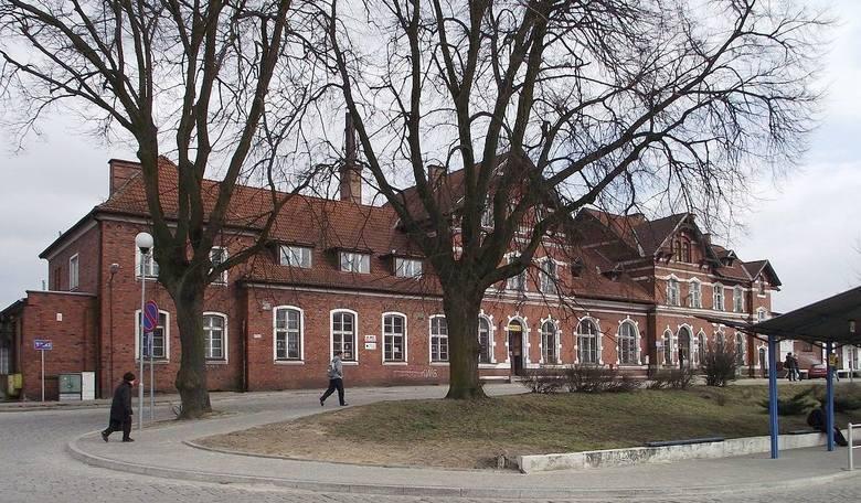 Polskie Koleje Państwowe sprzedają nieruchomości. Na stronie internetowej PKP znajdują się oferty sprzedaży mieszkań, lokali użytkowych czy działek.