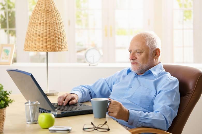 """Pomysł zmian w emeryturach i wprowadzenia emerytur stażowych popiera """"Solidarność"""". Andrzej Duda wspomniał o emeryturach stażowych"""