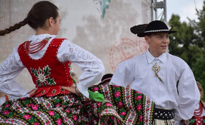 Śpiew, taniec, śleboda i złote ciupagi. Górale świata - znowu w Zakopanem. Rozpoczął się 52. Międzynarodowy Festiwal Folkloru Ziem Górskich