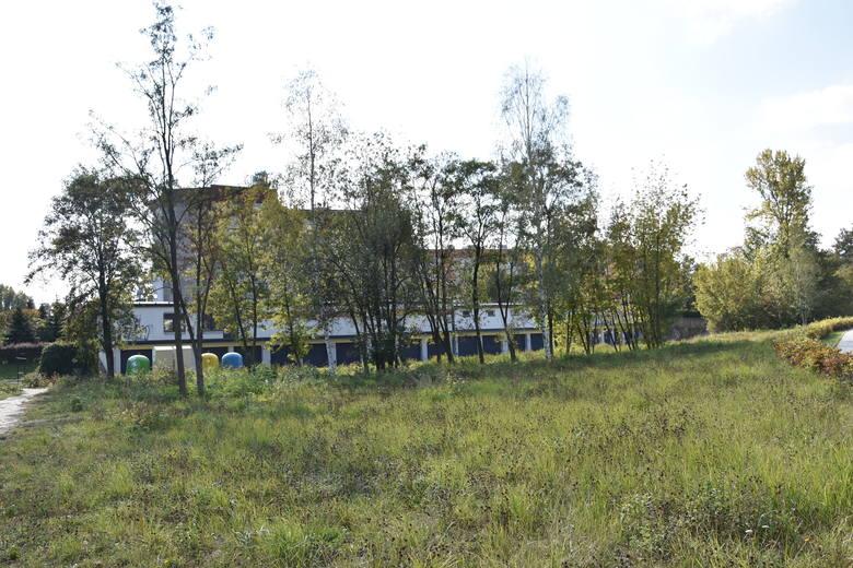 Częstochowa: promenada śródmiejska na osiedlu Trzech Wieszczy