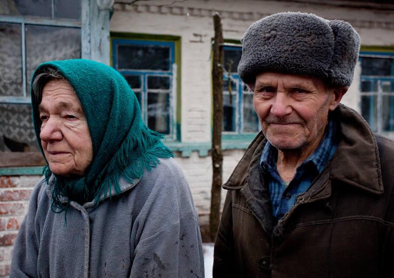 Maria i Ivan Semnyuk  z Paryszewa. Gdy w 2017 r. fotografka odwiedziła ich ponownie, pani Marii już nie było. Zmarła