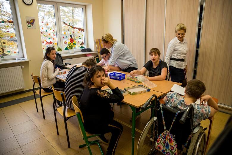 Przystań Aniołów w Kostrach - Noskach tonie w długach. Bez wsparcia niepełnosprawne dzieci stracą swój azyl (ZDJĘCIA)