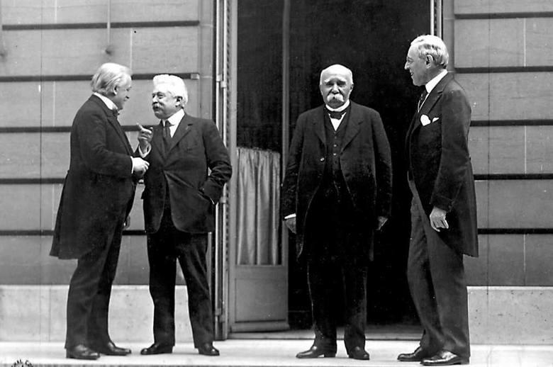 Konferencja wersalska, 1919 r. Wielka czwórka: David Lloyd George, Vittorio Emanuele Orlando, Georges Clemenceau i Woodrow Wilson