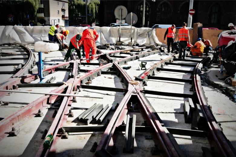 MPK Wrocław rozpoczęło prace przygotowawcze do remontu torowisk w kilku mocno uczęszczanych miejscach. Na propozycje wykonawców przewoźnik czeka do 20