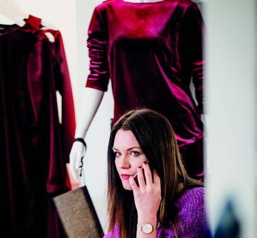 Izabela Jałowiecka: Seksowna elegancja to mój styl. Tak ubieram też kobiety, które nie boją się podkreślać swojej figury i osobowości