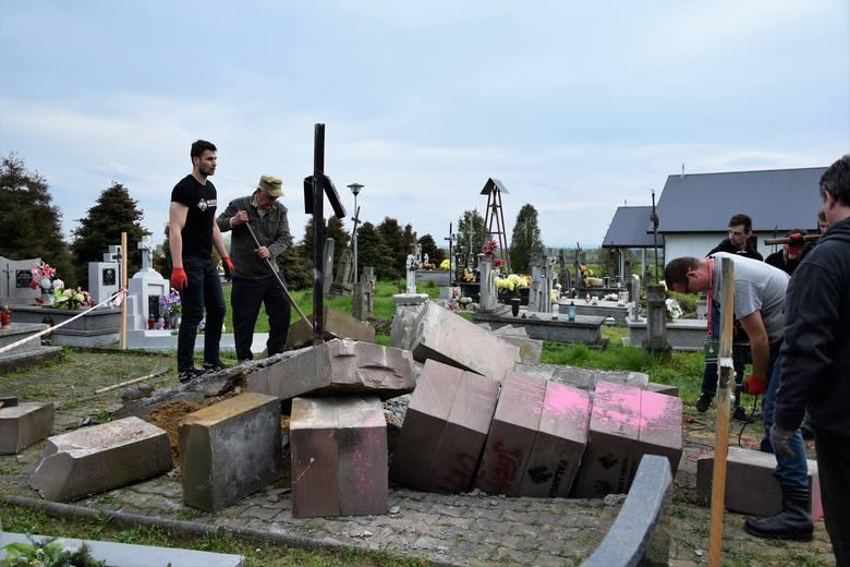 Nielegalny pomnik UPA w Hruszowicach został rozebrany 26 kwietnia