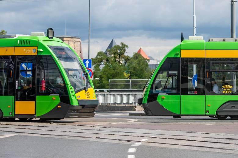 Sprawdziliśmy, które tramwaje w Poznaniu spóźniają się najbardziej. Średni wskaźnik punktualności dla poznańskich bimb w październiku 2019 roku wyniósł