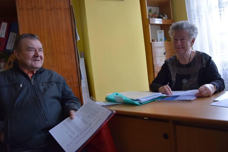 Maria Szulc - Patocka, prezes oddziału PZERiI w Nowej Soli i Kazimierz Zieliński z zarządu oddziału<br /> <br />