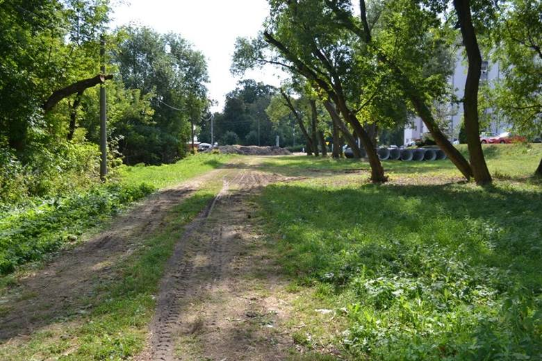 Ostrów Mazowiecka. Budowa sieci ścieżek rowerowych. Duża inwestycja wartości ponad 26 mln zł! Zobacz zdjęcia