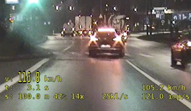 Bydgoszczanin jechał 116 km/h ul. Fordońską. Stracił prawo jazdy [wideo]