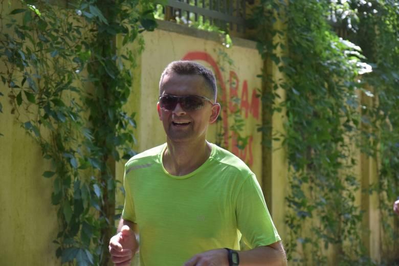 W niedzielę (23 czerwca) już po raz dziewiąty odbył się Cross Zielonogórski Parszywa 12. W tym roku na starcie stanęło 405 biegaczy, którzy zmierzyli