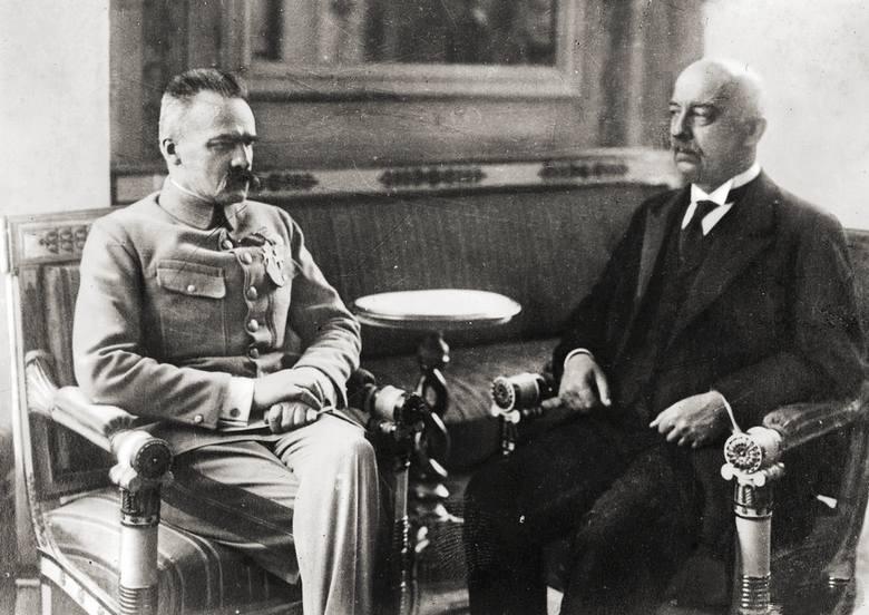 Gabriel Narutowicz i Józef Piłsudski w Warszawie, 1922Dnia 9 grudnia 1922 roku Gabriel Narutowicz, jako pierwszy w historii Polski, został wybrany na