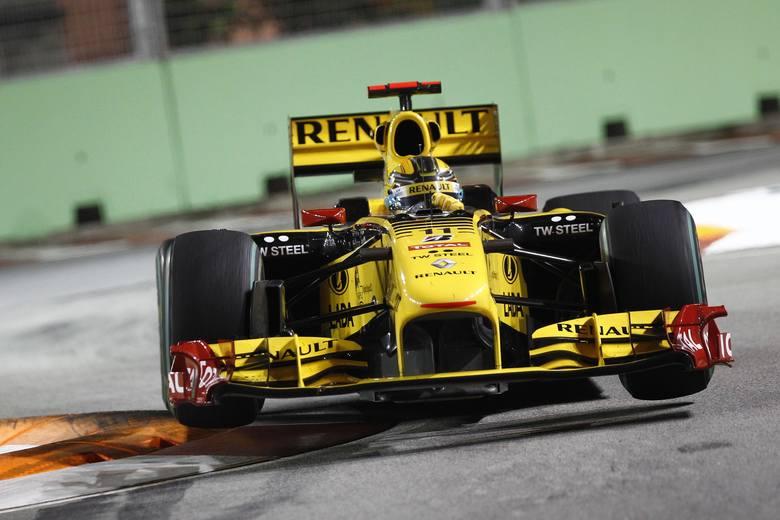 Robert Kubica rozpoczął rywalizację z ósmej pozycji z kwalifikacji. Na 46. okrążeniu odnotował drugą wizytę w alei serwisowej i w wyniku tego na 13.
