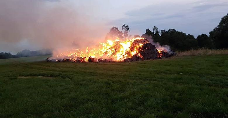 W dniu 27.07 o godzinie 19:55 doszłoi do pożaru balotów siana w miejscowości Karżnica. 14 h trwały działania na miejscu pożaru.Zadysponowano:OSP PotęgowoOSP